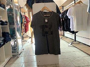 Camiseta masculina cinza escuro GG