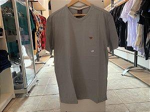Camiseta masculina cinza G