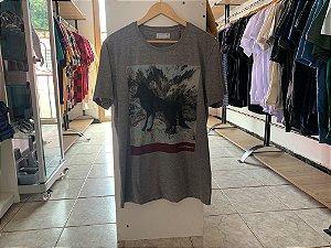 Camiseta masculina acostamento G