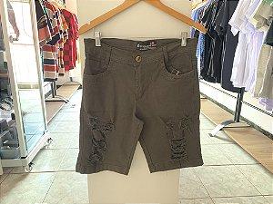 Short jeans rasgado 42