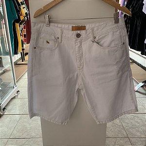 Short jeans acostamento branco 44