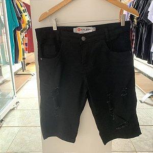 Short jeans preto rasgado 42