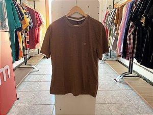 Camiseta masculina marrom M