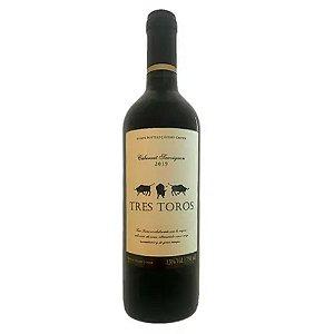 VINHO TRES TOROS CABERNET SAUVIGNON 750ML