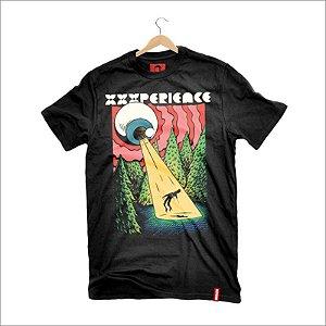 Camiseta XXXPERIENCE Abdução - Preta