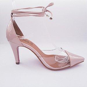 Scarpin vinil salto 8 cm transparente verniz com amarração - nude rosê