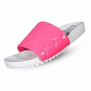 Chinelo slide matelasê petite jolie - cor rosa