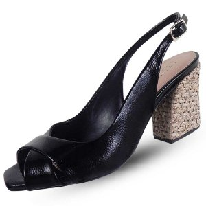 Sandália preta salto palha cecconello