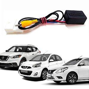 Interface de Câmera de Ré Nissan em Multimídias Convencionais