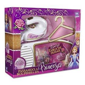 Passando A Roupinha Da Princesa Zuca Toys