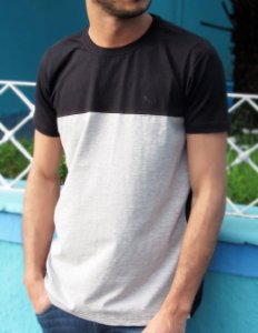 T-shirt Acostamento Masculina Básica Preta e Cinza