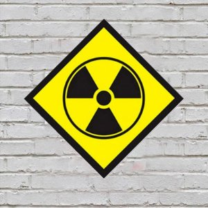 Placa de Parede Decorativa: Radioactive