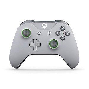 Controle Microsoft Cinza Claro e Verde - Xbox One