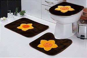 Jogo de Banheiro Padrão em Pelúcia Sol 3 PEÇAS Tecido Superior: 100% Acrílico Base: 100% Poliéster Emborrachado: 100% E.V.A