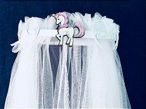 Dossel Arabesco Branco Com Unicórnio Para Quarto De Bebê + Véu Mosquiteiro Em Tecido Tule