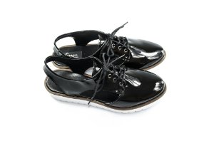 Sapato Oxford Aberto Reptans Verniz Preto