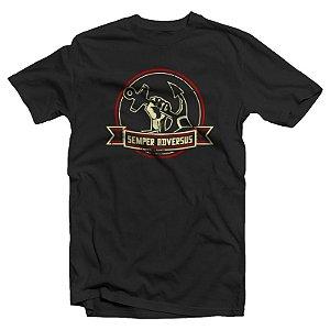 """Semper Adversus """"Logo"""" Camiseta Preta"""
