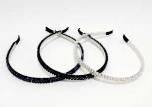 Tiara Fina Com Arco De Metal Flexível Com Pedrinhas Brilhantes