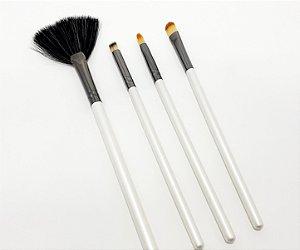 4 Pinceis De Maquiagem Cabo Branco Linha Profissional - Bello Charme
