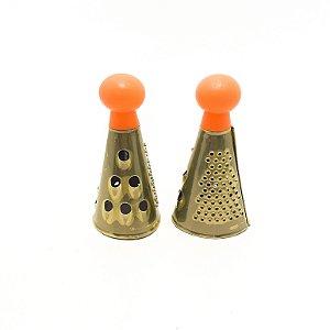 2 Minis Raladores  Redondo Para Mesa Com 3 Faces Em Inox - Laranja
