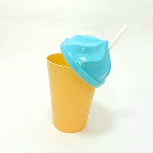 Copo De Plástico Com Tampa E Canudo Verde Claro Tema Sorvete -  450ml