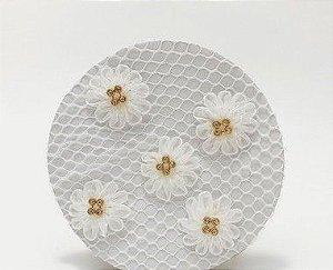 Rede Para Coque Bailarina Branco Com Flores Em Tule E Strass Dourado