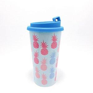 Copo Para Café De Plástico 550ml Com Tampa e Trava - Tema Abacaxi