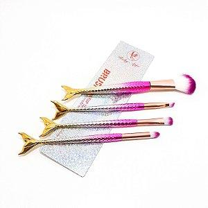 Kit Com 4 Pincéis De Maquiagem Com Cabo Sereia 3D Colorido Brilhoso