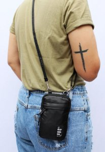 Shoulder Bag Bolsa Transversal Pequena de Nylon Preta B050