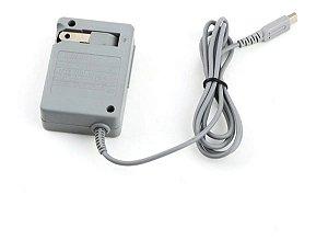 Usado Acessório Nintendo 3DS Carregador 110V para DSi/2DS/3DS - Nintendo