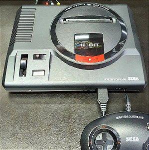 Console Mega Drive + 1 Controle + 22 Jogos na Memória - Na Caixa - Tec Toy