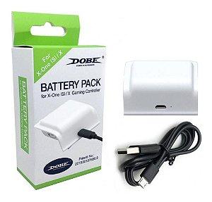 Bateria Xbox One S Branco + Cabo carregador - Dobe