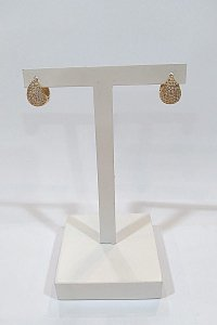 Argola Folheada a ouro 18k com pedras de zircônia
