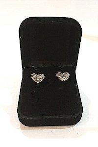 Brinco Folheado a ouro 18k coração com pedras de zircônia