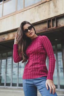 Blusa de tricô trançada