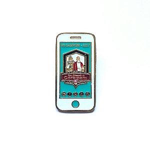Pin, Um Chamado de Coragem, celular, fundo Azul claro