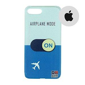 Capa para Smartphone Airplane Mode On - Apple - Aviões e Músicas