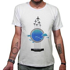 Camiseta Linhas de Voo Aviões e Músicas