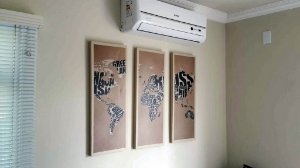 Multi Tela com quadro de madeira - Mundo - 3 módulos 30 x 80cm cada