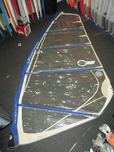 Vela de Windsurf Neil Pryde Supersonic 6.7 usada - R$ 650
