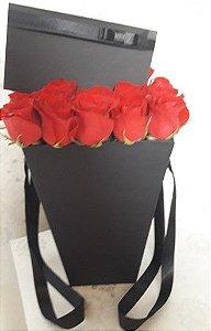 Elegância Box Roses 12 Rosas naturais
