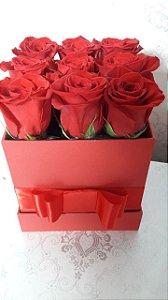 Gift box Luxo com 09 rosas