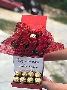 Gift box luxo com rosas e ferrero rocher personalizada