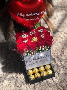 Box luxo com Ferrero rocher e balão personalizado