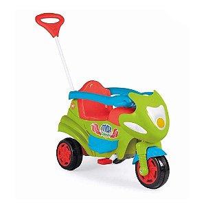 Triciclo Max Com Aro Protetor Verde 946 - Calesita