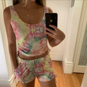 Short Tie Dye Color