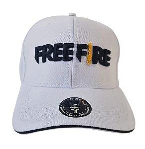 Bone Free Fire Branco Aba Curva
