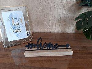 Palavra Home em MDF