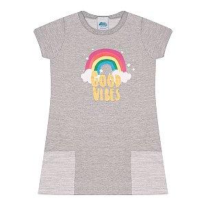 Vestido moletinho flamê cor mescla com bolso e estampa arco-íris