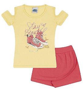 Conjunto Shorts-saia e Blusa nas cores amarelo e coral